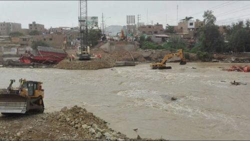 Demolición y desmontaje del puente virú